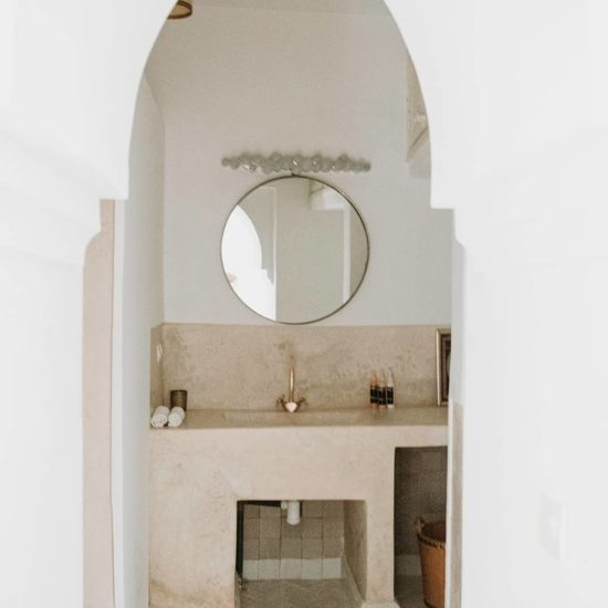 Bathroom Petit Patio Room